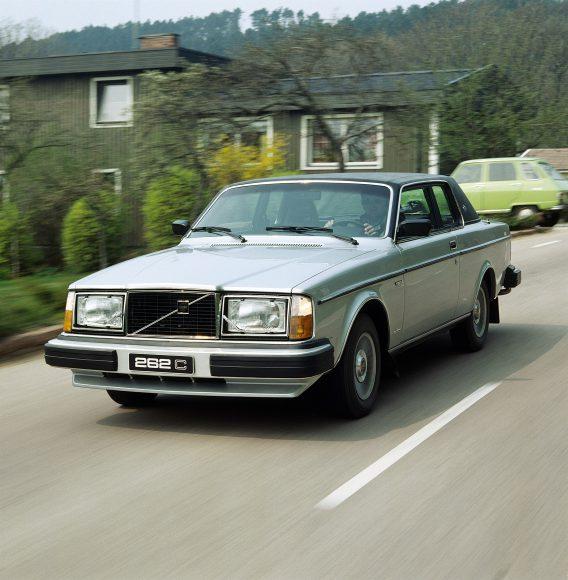 6176_Volvo_262_C